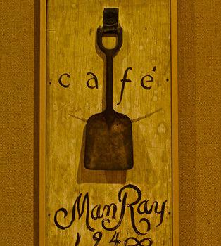 Café Man Ray (1968) – Man Ray (1890 – 1976)